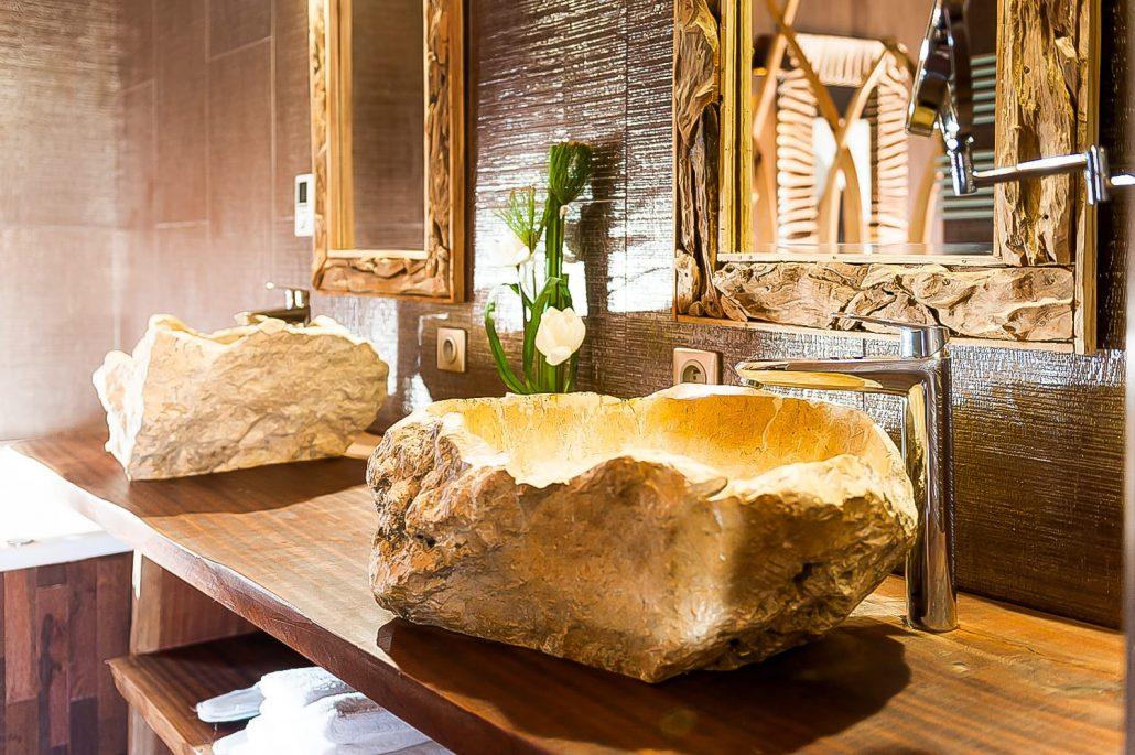 hotel avec jacuzzi dans la chambre normandie elegant hotel avec jacuzzi chambre normandie plus. Black Bedroom Furniture Sets. Home Design Ideas