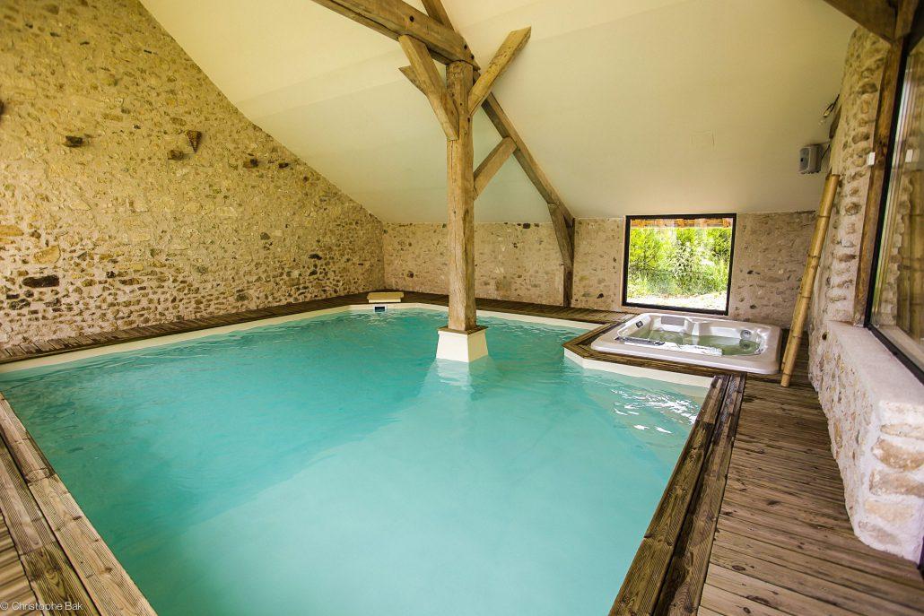 Le clos des vignes petit hotel de charme proche paris for Hotel avec piscine privative