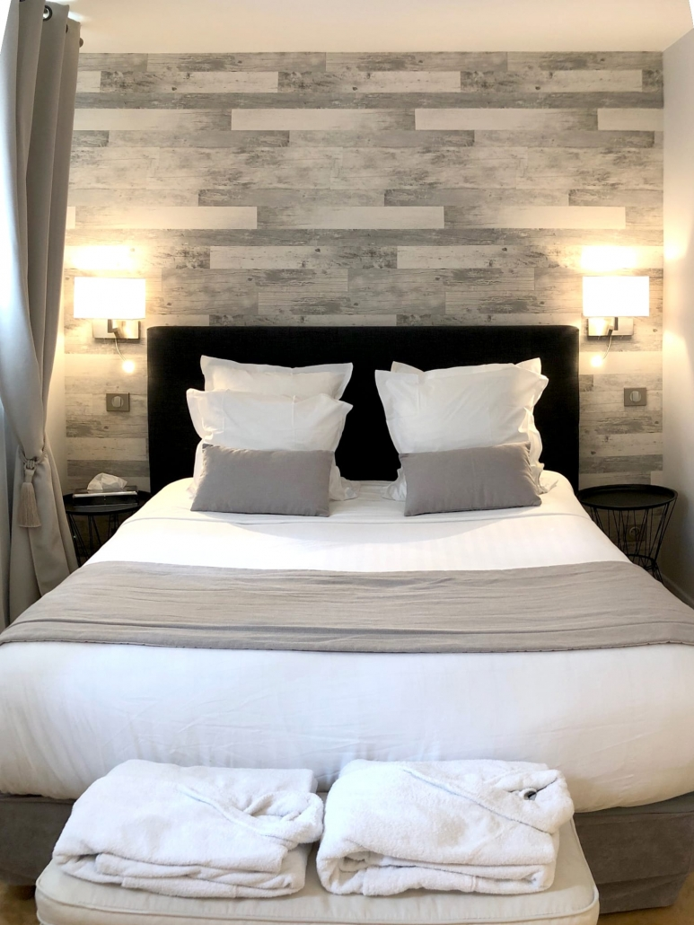 Chambre Zen • CLOS DES VIGNES • Chambre Hotel avec Jacuzzi Privatif