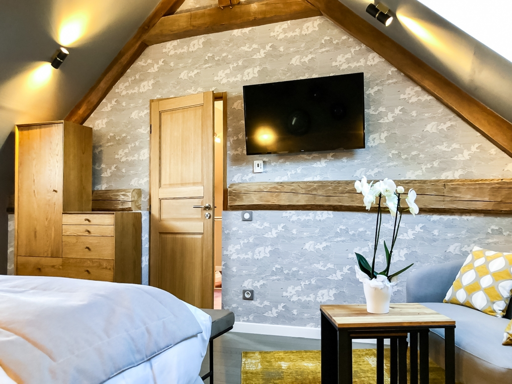 chambre coquette clos des vignes hotel avec piscine. Black Bedroom Furniture Sets. Home Design Ideas